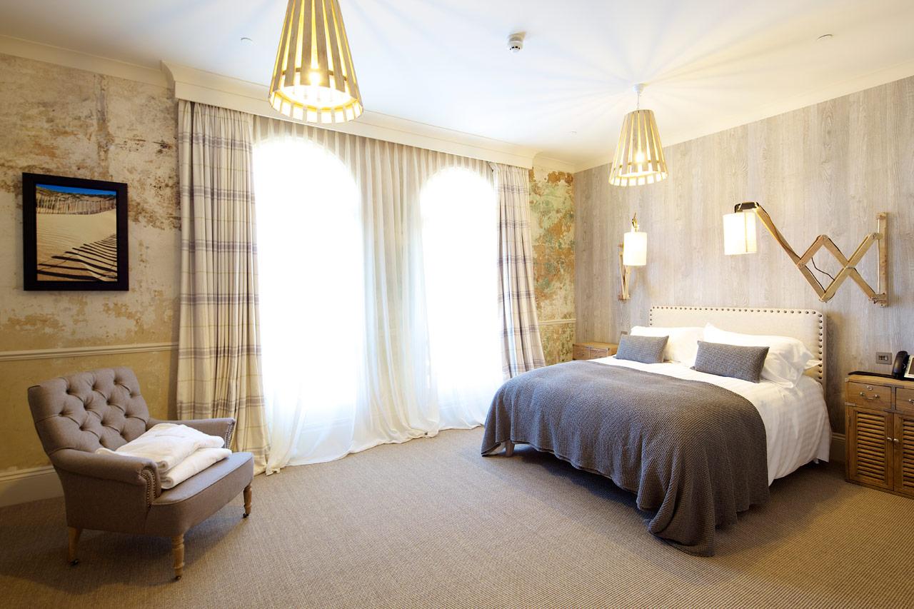 Banjo Jersey Hotel Bedroom