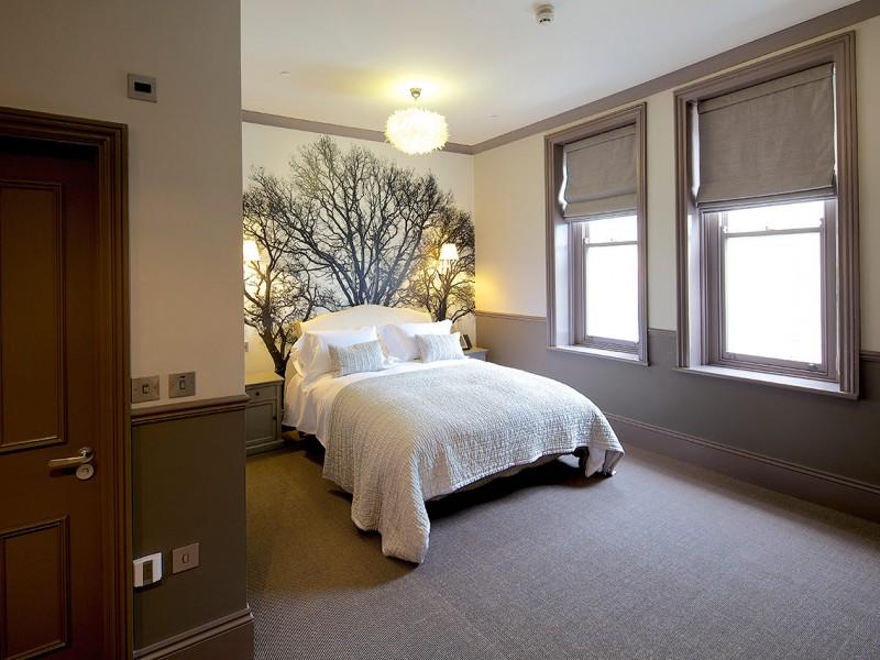 Banjo Jersey Edith Hotel Room